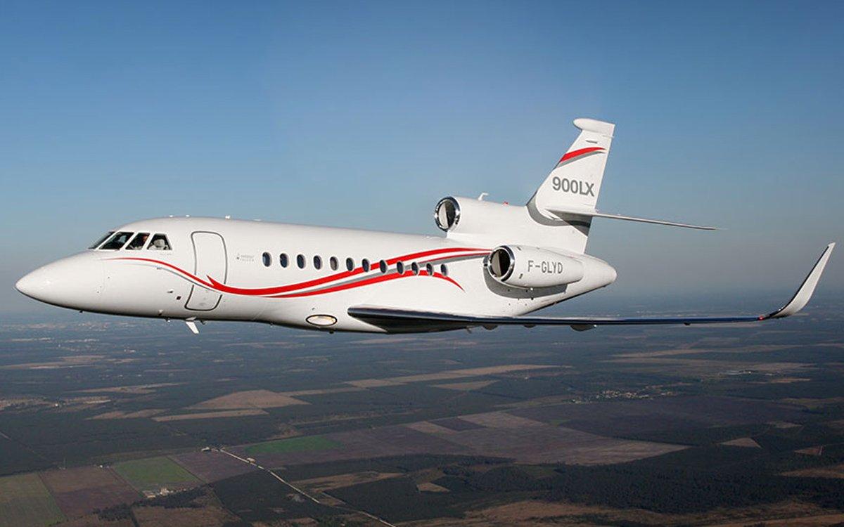 Wat kost het huren van een vliegtuig global aviation for Jet car rotterdam