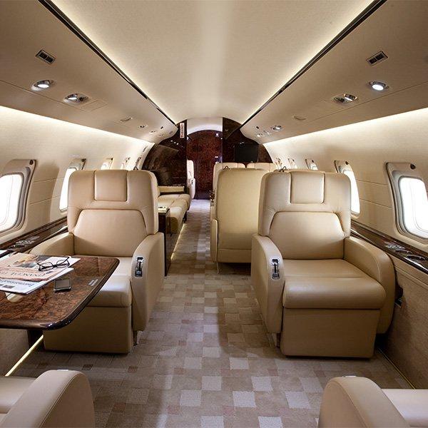 priv jet verhuur global aviation. Black Bedroom Furniture Sets. Home Design Ideas